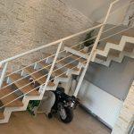 interiérové schody zo železa
