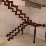 základná konštrukcia interiérového schodiska na mieru